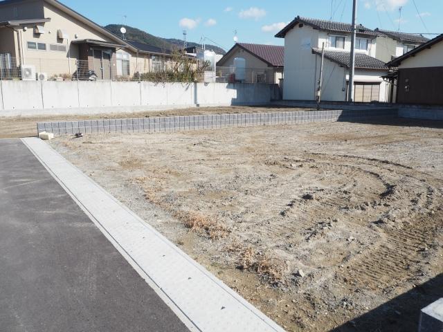 50坪の土地活用!駐車場にするメリットデメリットは?