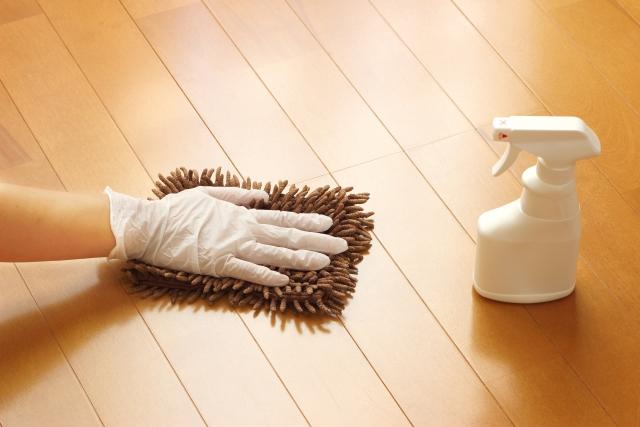 アパートから退去者!新たな入居のために掃除するのはだれ?