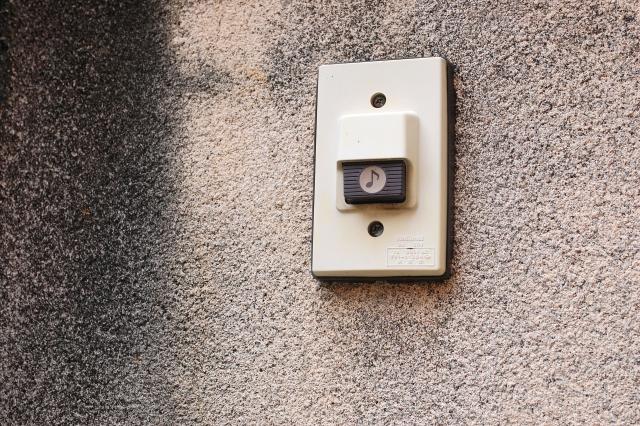 玄関のチャイムを交換したい場合の対処法