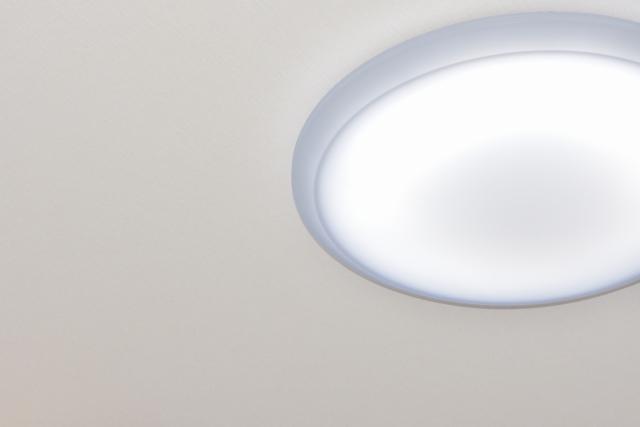 アパートの照明切れは誰が負担する?led電球に交換できる?