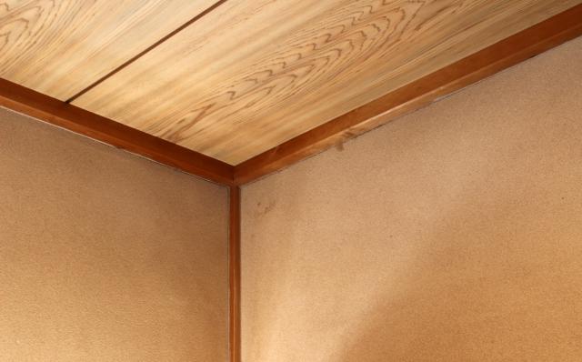 天井下地はどのように組む?建物構造によって素材は異なる?