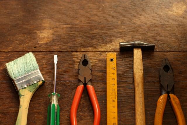 アパートの巾木の交換やクロス汚れの修繕は自分でする!?
