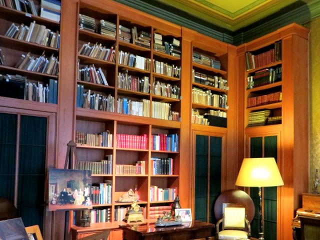 男性が憧れる部屋「書斎」レイアウトを工夫して作ってみよう