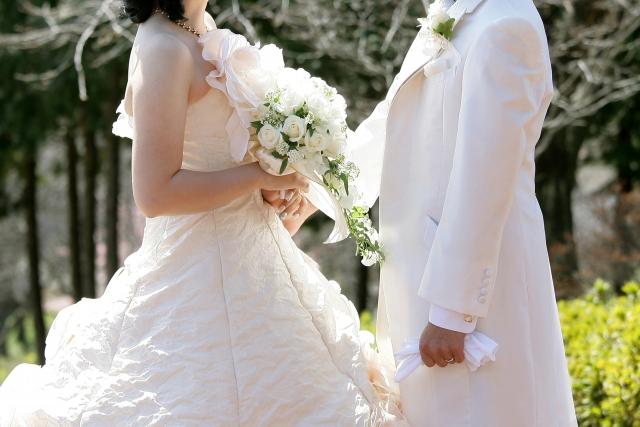遠距離恋愛から結婚・同棲をはじめるきっかけは?