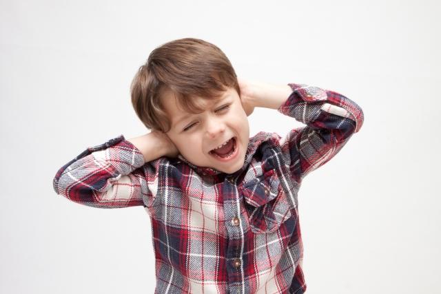 アパート隣人の声が気になる時に!騒音対策や便利グッズ紹介