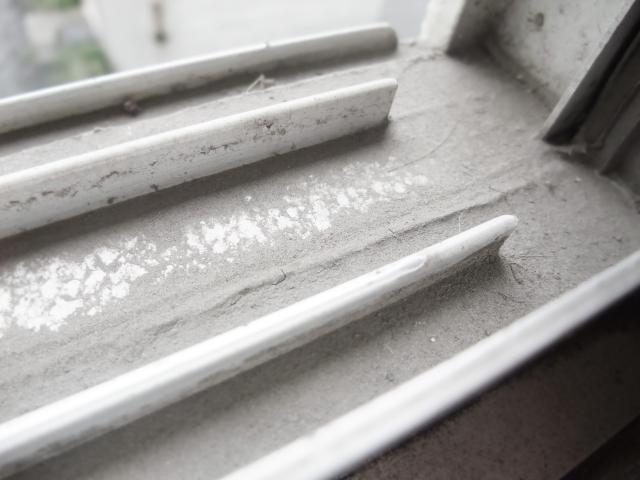 窓レール掃除にはたくさんの方法がある!掃除方法をご紹介!