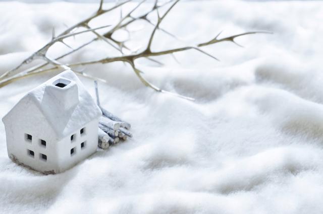 進化した窓の「雪囲い」!取付も簡単!金具はもういらない?