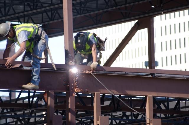 鉄骨造は防音性が低い?建物は柱や梁の素材で構造が違う!