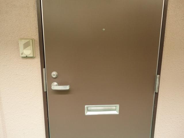 アパート暮らしで気になるドアの開閉音!どうしたら良い?