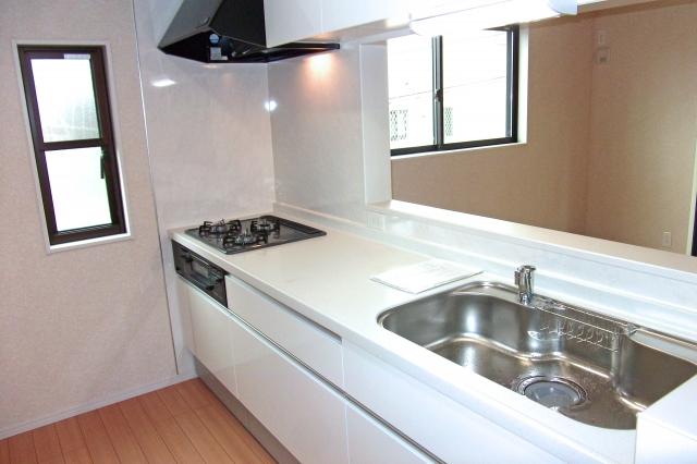 建築基準法での用語の定義「居室」に台所は含まれるのか?