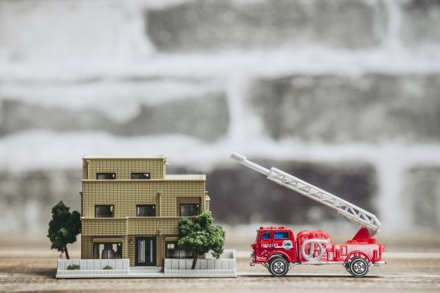 準防火地域では建物や窓の種類に制限がある!耐火性の重要性