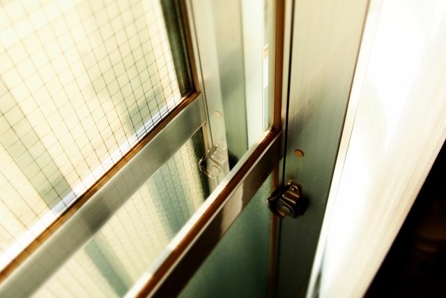 窓の防音方法!賃貸で効果的な防音方法とは?