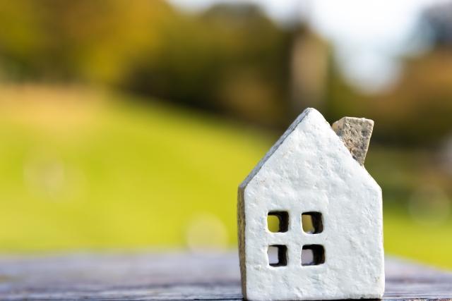 鉄骨造の住宅は音が響く?防音性の調べ方や対策方法とは