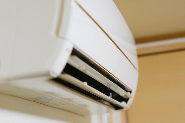 アパートのエアコンが効かない!原因と自分でできる対処とは