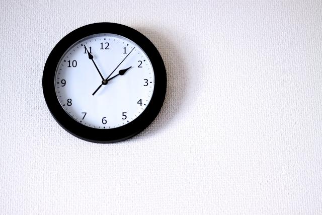 アパートで壁掛け時計は使える?つけ方はどうする?