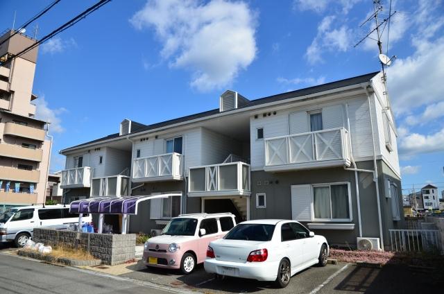 アパートの更新料に消費税はかかる?居住用と事業用で異なる
