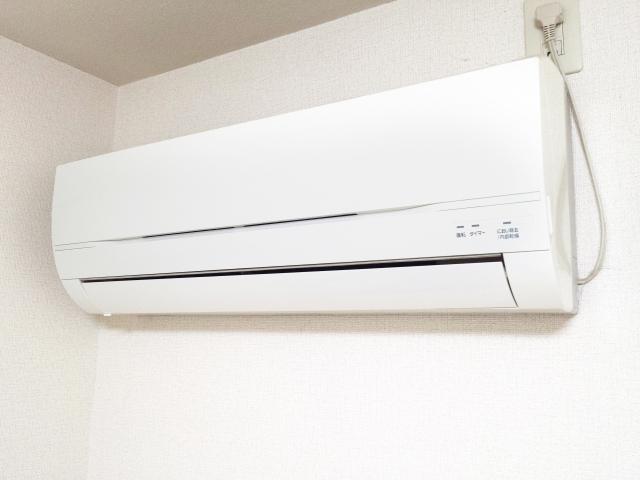 新築生活を良いものに!エアコン効率と購入時期の穴場が重要