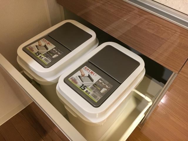 新築キッチンにはどんな種類のゴミ箱がいい?設置場所は?