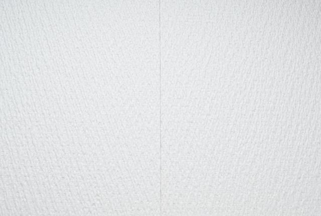 新築なのに壁紙に隙間が!隙間ができる理由と壁紙補修方法
