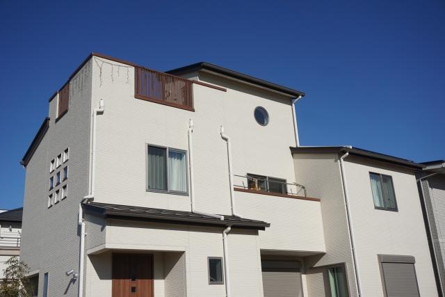 軽量鉄骨住宅の法定耐用年数は「19年」と「27年」どっち?